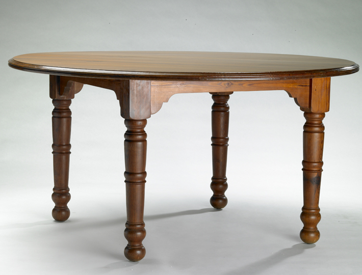 Dining table, round, hard pine