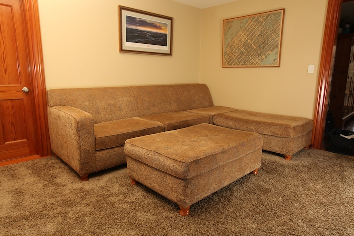 Sofa, sectional, with two ottomans